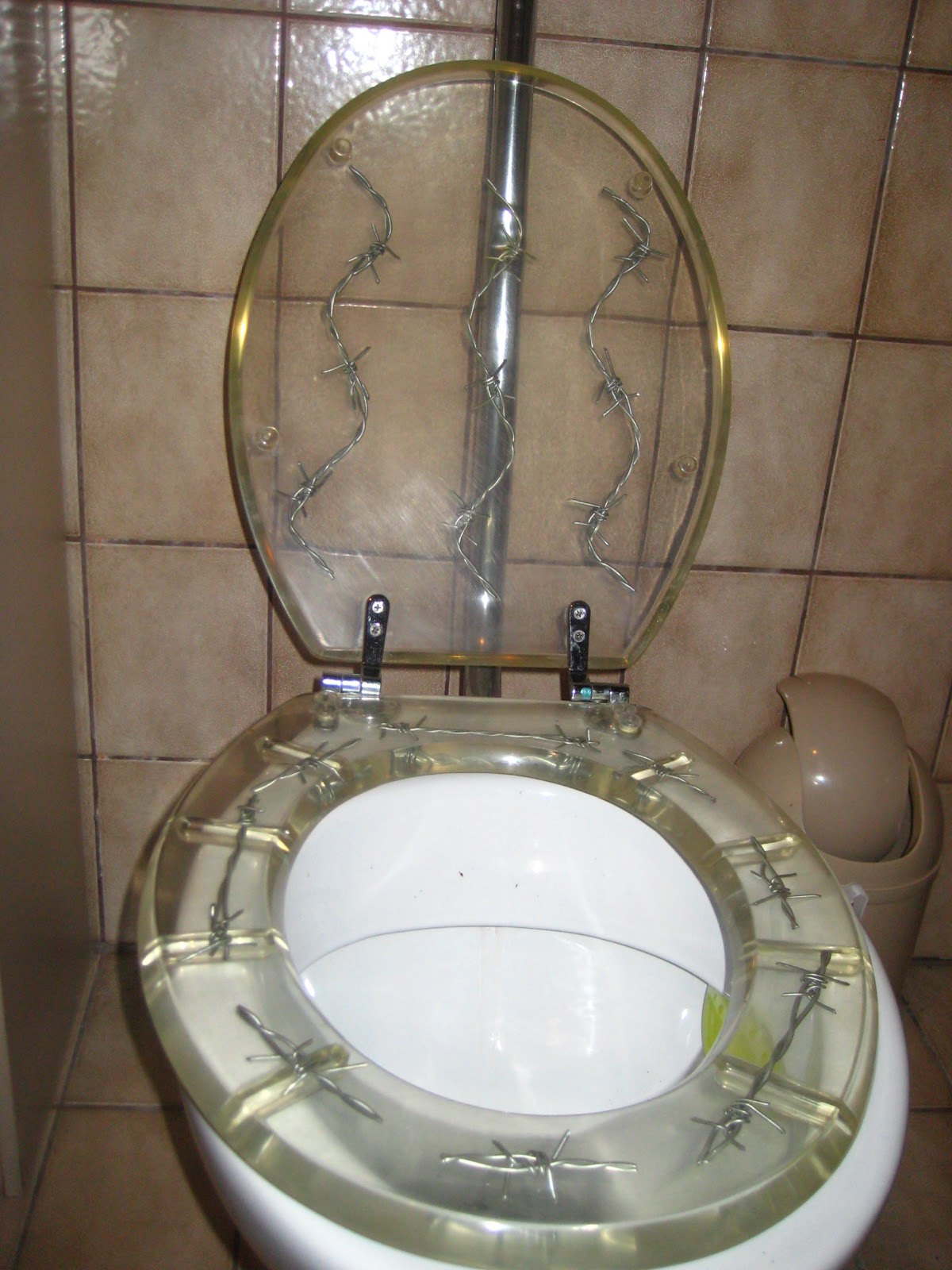 Barbed Wire Toilet Seat. a tribute to our barbed wire toilet seat  das Blog
