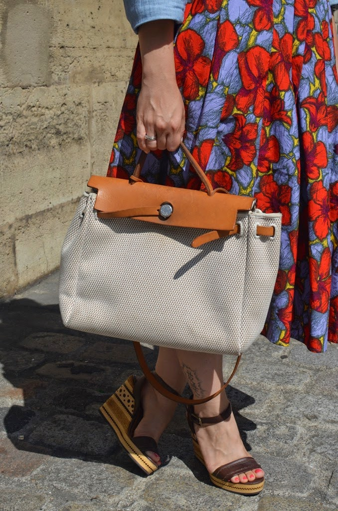 Fashion Bridge, Fashion bridge blog, street style, Paris street style, paris street style summer, Carrie Bradshow in Paris, Tres Jewellery, Vanessa Mooney Tres Jewellery, Hermes Kelly Bag