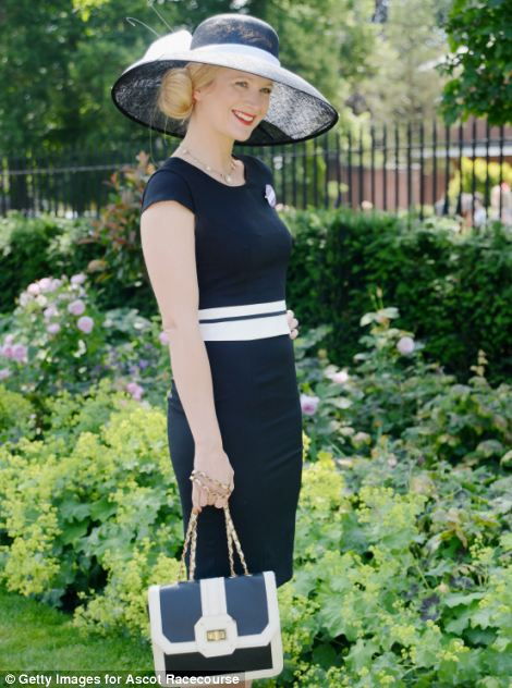 pretty and classic lady in navy and white outfit on day 5 of Royal Ascot 2014