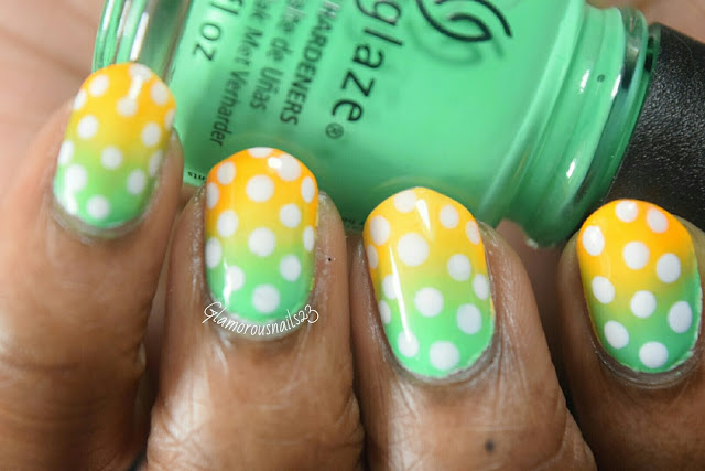 Gradient & Dots Nail Art