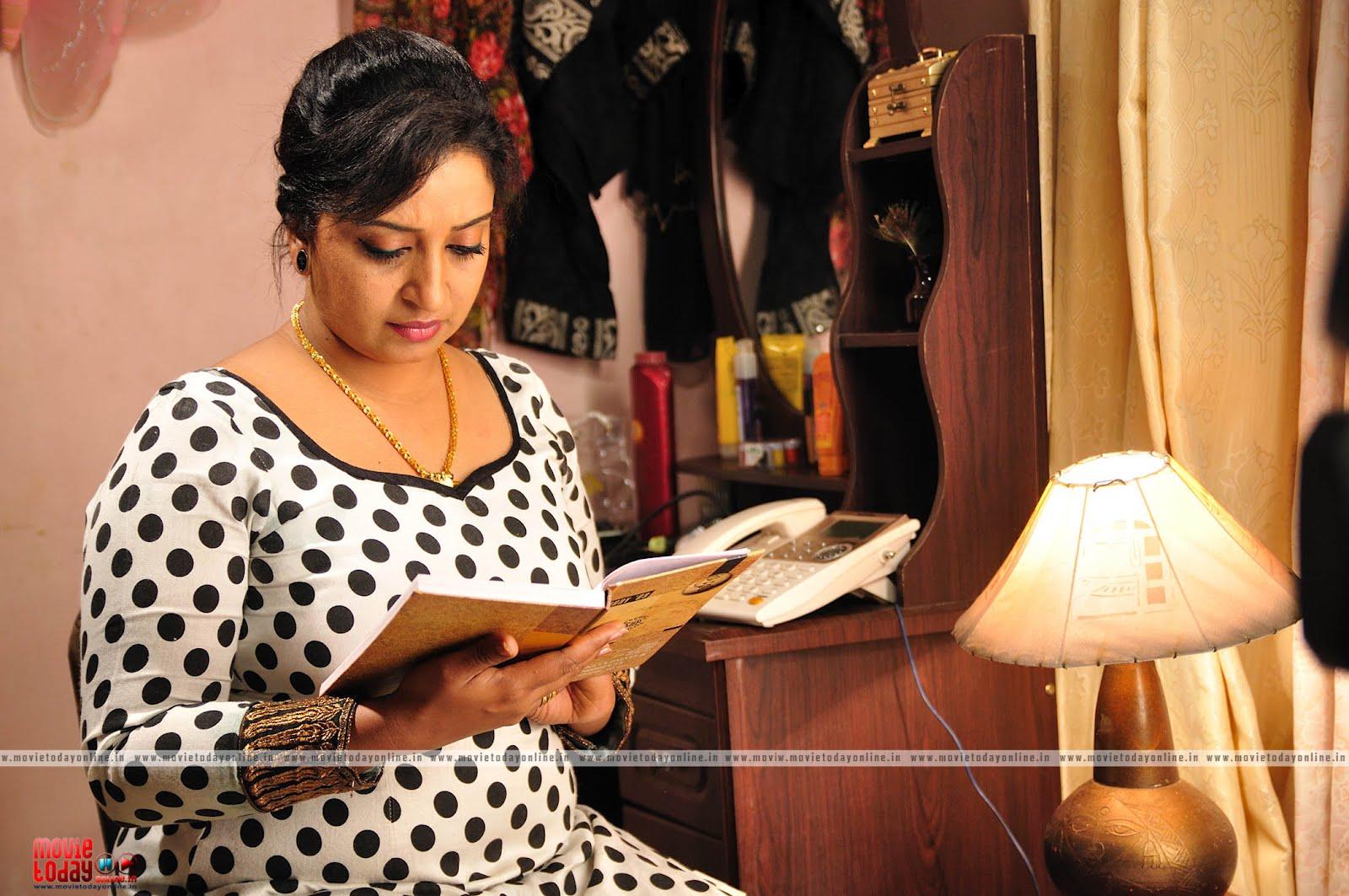 Hot mallu aunty sona nair in churidar « Hot Malayalam Actress gallery