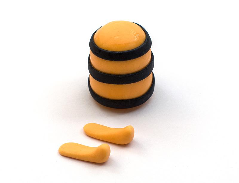 Bee Maya fondant figure legs