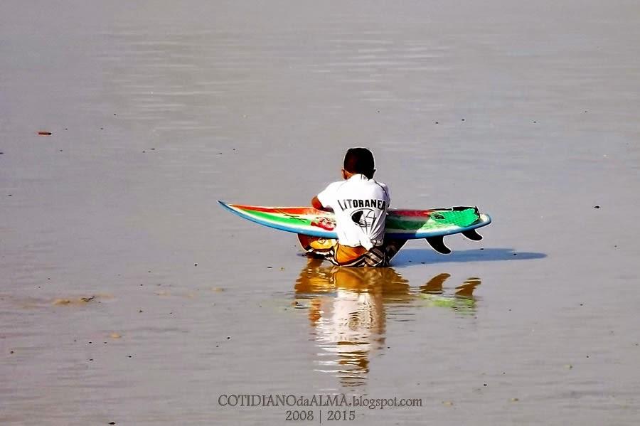 A Solidão. Ezequiel Rodrigues. Cotidiano da Alma. Praia de Ponta Negra. Surfista.