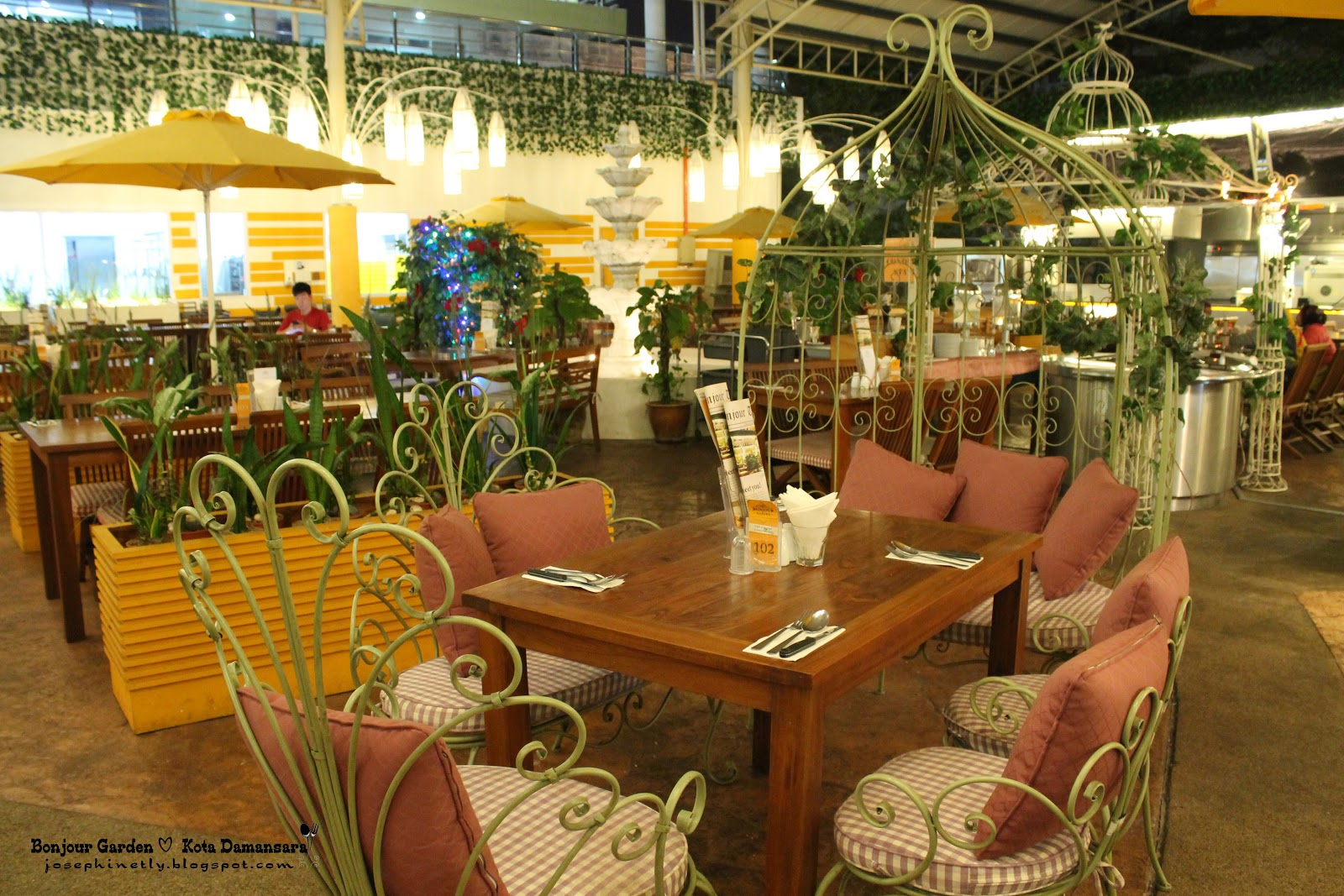 The Kitchen Garden Cafe Josephinetangcom Bonjour Garden Bakery Cafe Kota Damansara