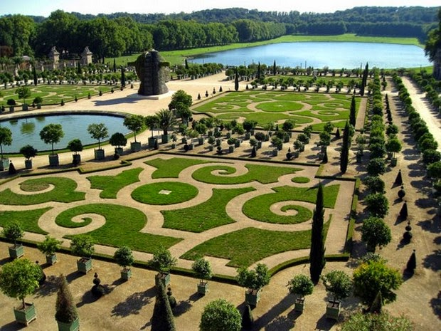 World's most beautiful gardens - Gardens of Versailles, France