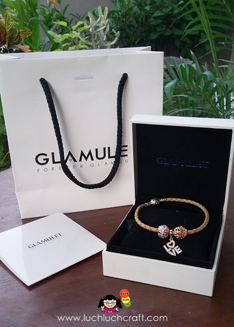 Beautiful Charms and Bracelet - Glamulet