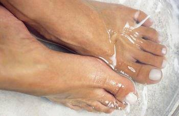 Beauty Tip 4 U: Home Remedy for Removing Dead Skin from Your Feet