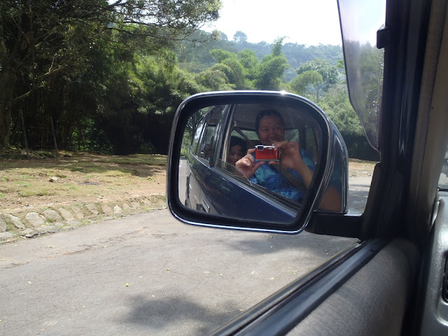 Kecil looking out of the car window, Taman Safari Cisarua