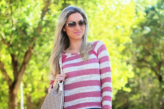 look do dia, ootd, look of the day, spring trends, stripes print, padrão de riscas, fúchsia, magenta, rosa, tendências primavera verão 2014, casual chic look, dkny, donna karan new york, logo stud shopper bag, mk, michael kors, logo mocassim mk, mocassins, skinny jeans, bershka sweater, dicas de imagem pessoal, consultoria de imagem, blog de moda, blogue de moda, style statement, blog de moda portugal, blogues de moda portugueses, guess watch