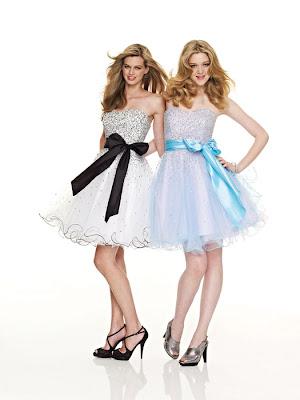 Sweatheart-Neckline-Bowknot-Short-Dresses