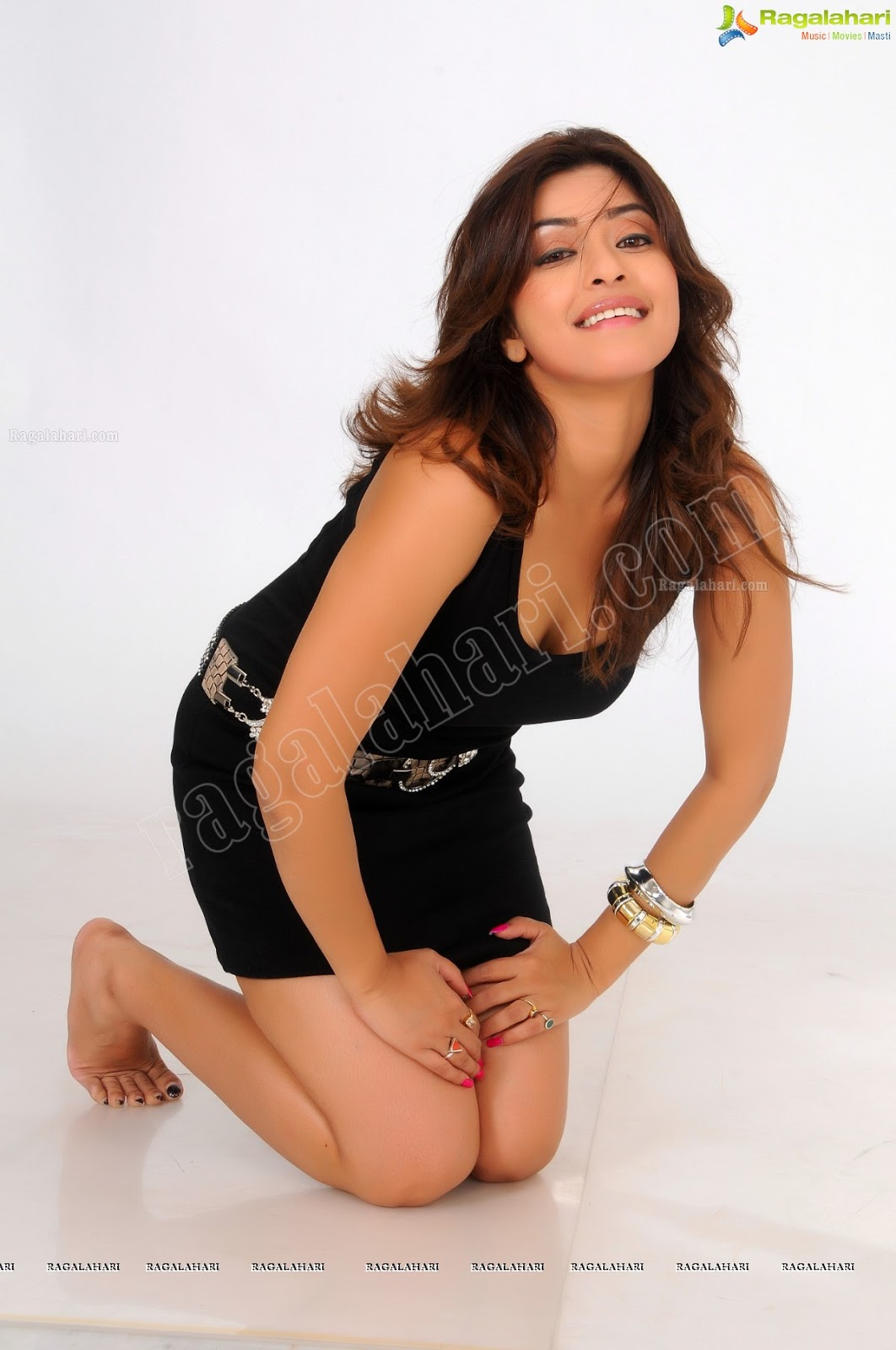Payal Ghosh Loves to Gets Raunchy