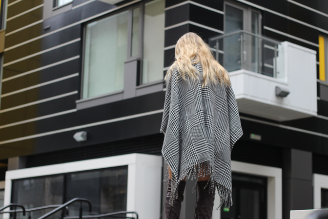 How to wear a blanket cape fashion blog