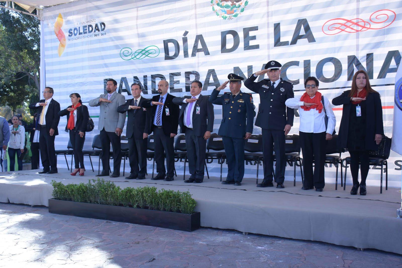 ALCALDE GILBERTO HERNÁNDEZ VILLAFUERTE ENCABEZÓ CEREMONIA CÍVICA DE CONMEMORACIÓN DEL DÍA DE LA BAN