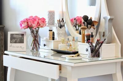 Make Up Table Toko Furniture Denpasar | Toko Mebel Bali