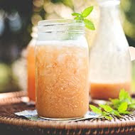 Simple Summer Vanilla-Peach Cooler