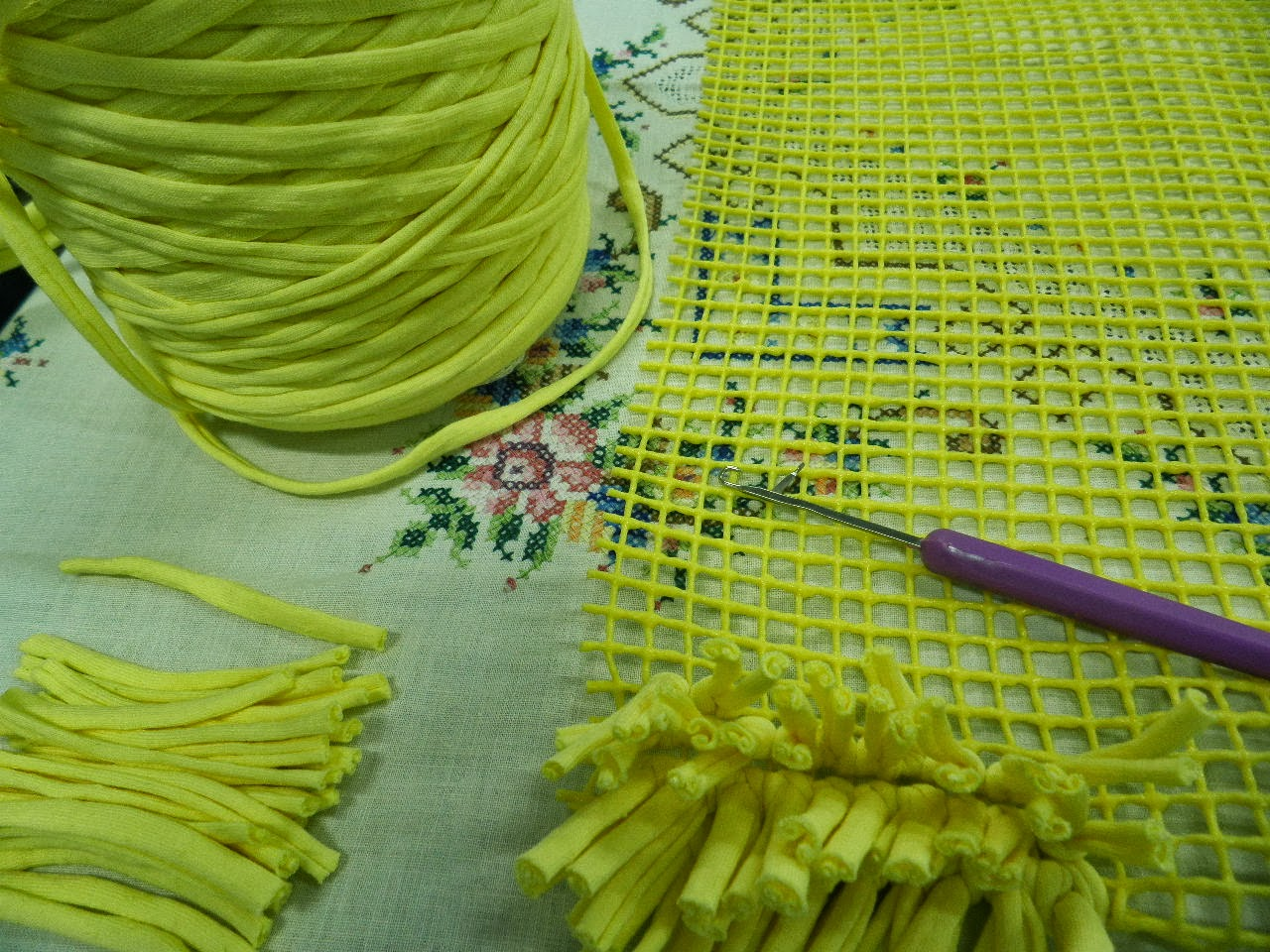 artes anas alfombra de trapillo con nudo a mano o con aguja