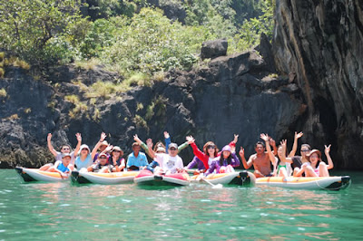 Group having Fun in Phang Nga - Phuket Sea Canoe Tours to Phang Nga Bay