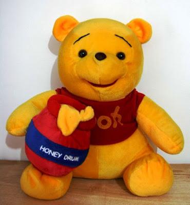 Gambar Winnie the Pooh Lucu Terbaru