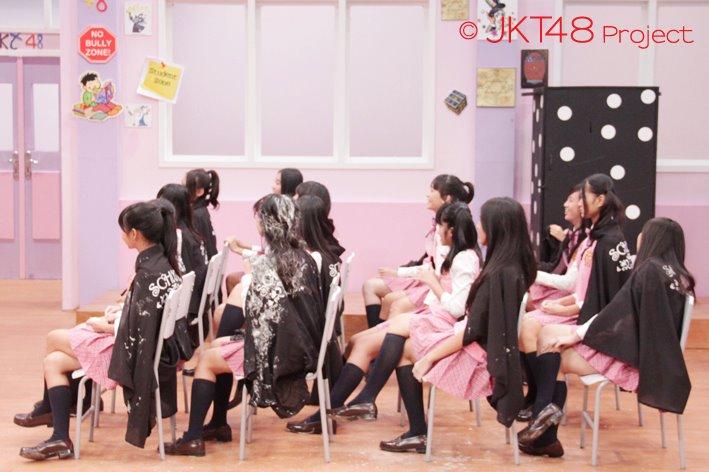 JKT48 School magic class