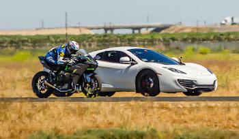 Kawasaki H2R ve McLaren MP4-12C Drag Yarışını İzle