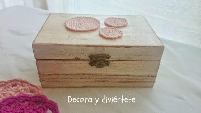 Como personalizar una caja de madera con estilo vintage Decora y