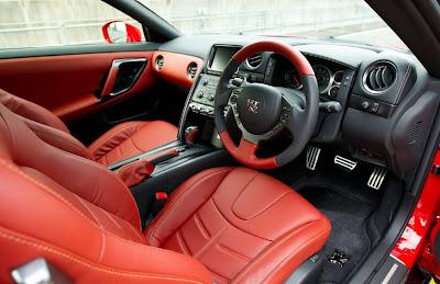 2014 Nissan GT-R Interior