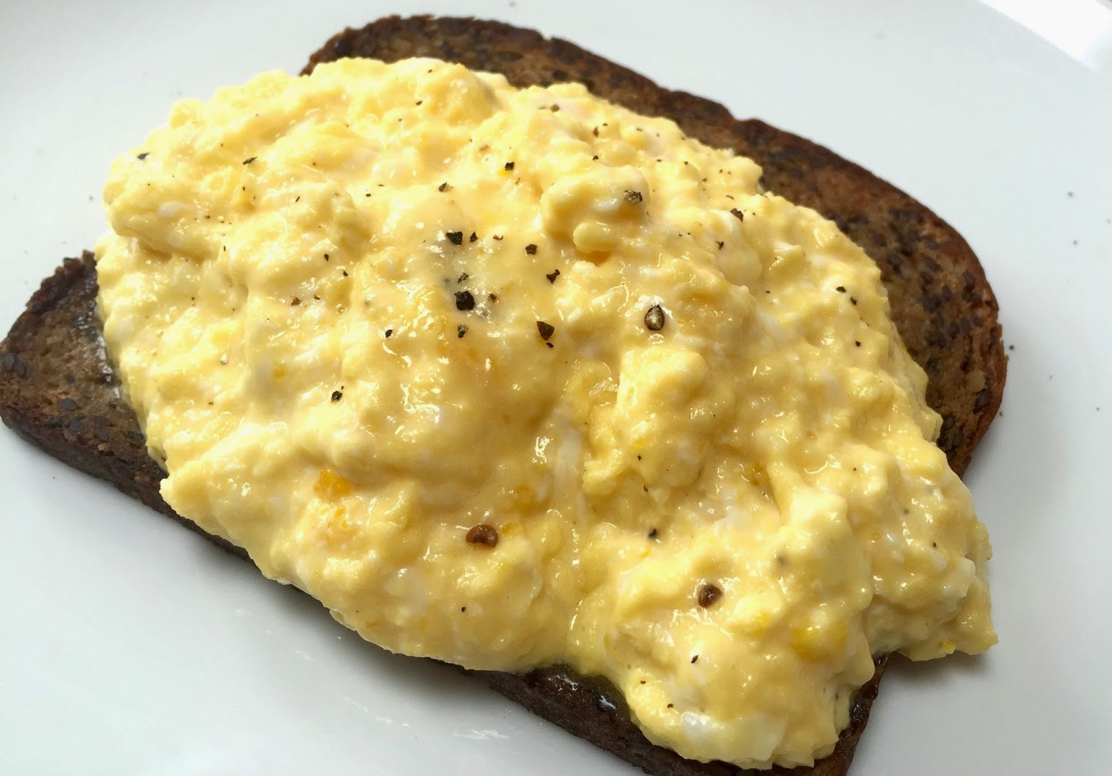 Low Carb Cork: The Best Scrambled Eggs Ever