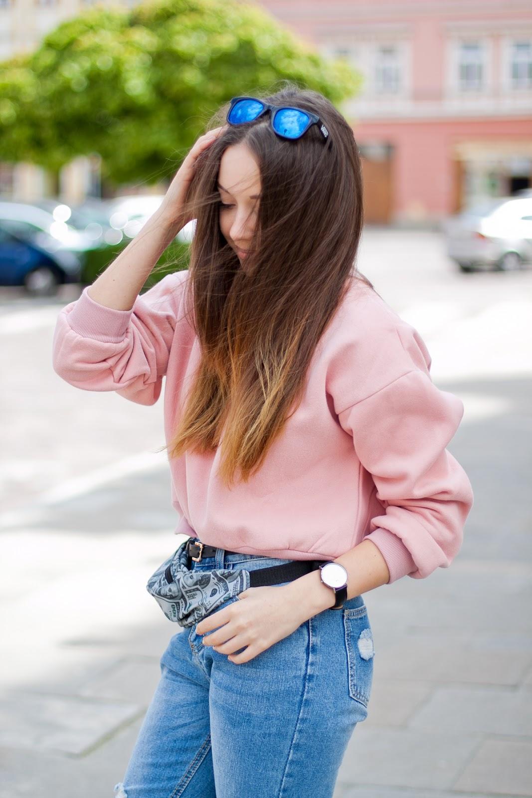 różowa pastelowa bluza romwe