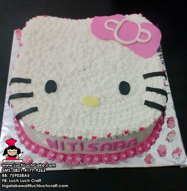 Hello Kitty 3D Birthday Cake