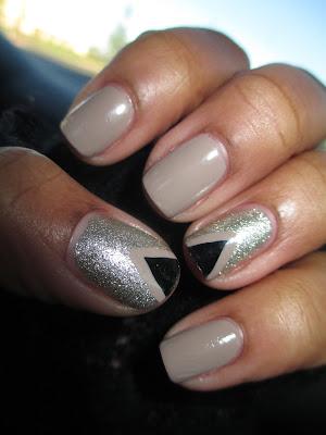 Essie, Beyond Cozy, Elf, Dessert Haze, triangle, nail art, nail design, mani