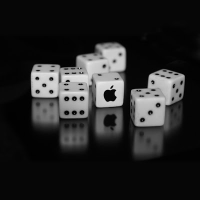iPhone Wallpaper: Apple Logo Dice
