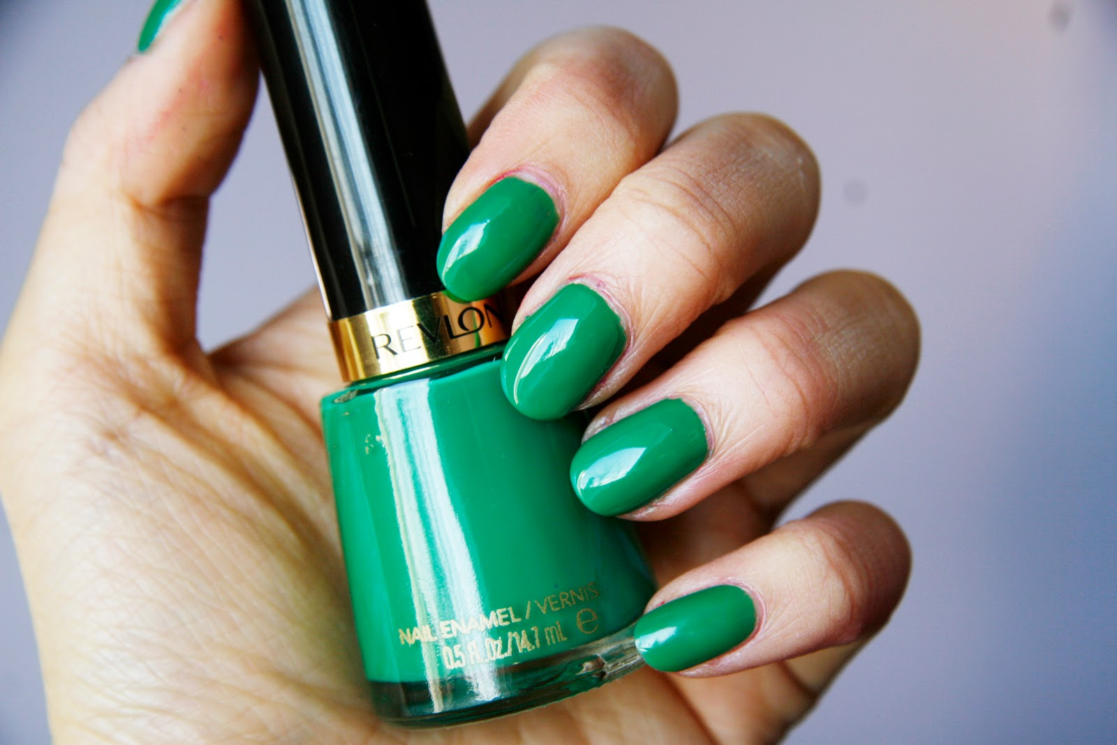 fun size beauty: Revlon Nail Enamel in Posh