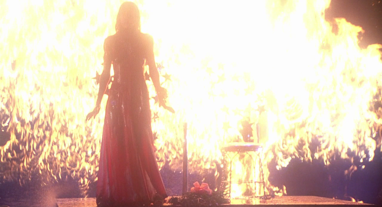 a horror diary review carrie 1976