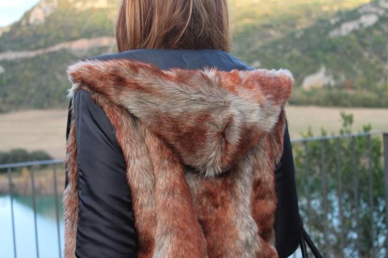 abrigo_pelo_capucha_fashion_blogger_estilo_moda_outfit_style_jersey_zara