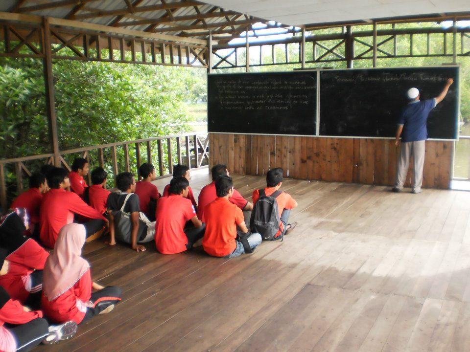 care ipg kampus tuanku bainun environment awareness