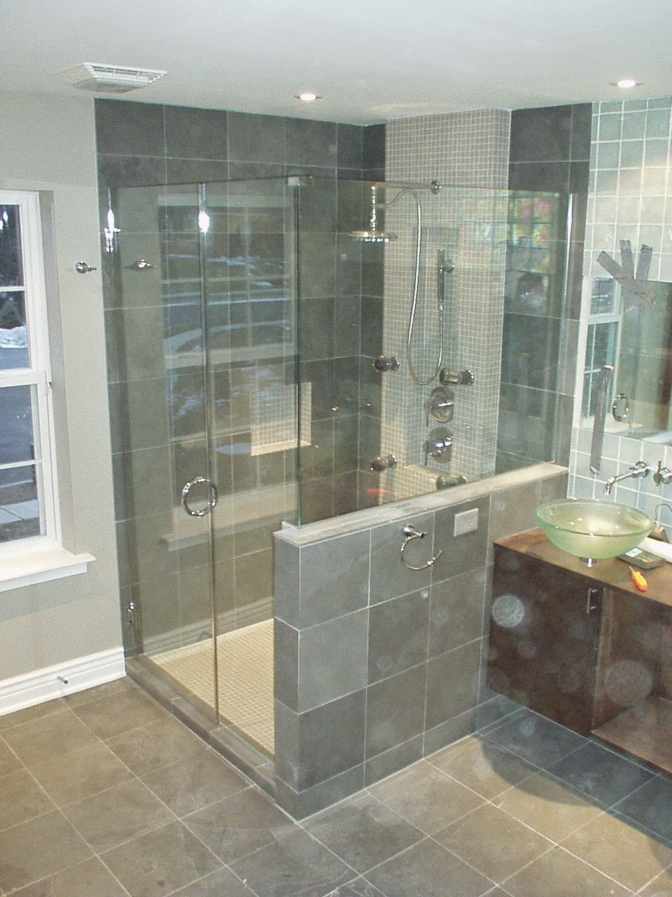 A Great Shower Door Installation 24 Hours Glass Replacement