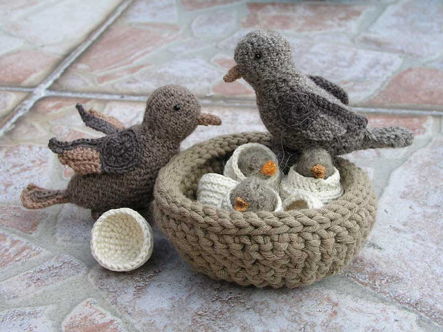 Amigurumi Crochet Bird Patterns : Crocheting Conversations: Look at the birdie.....
