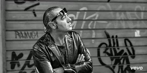Luca Carboni - Bologna è una regola