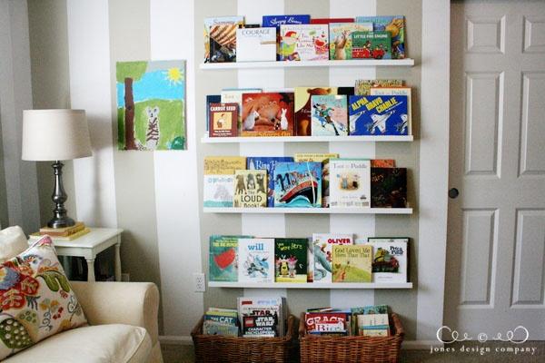 kreyv displaying children 39 s books with picture ledges. Black Bedroom Furniture Sets. Home Design Ideas