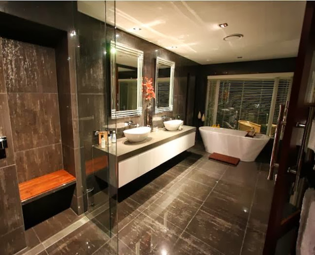 Modern Bathroom Design With Freestanding Bath Using Granite