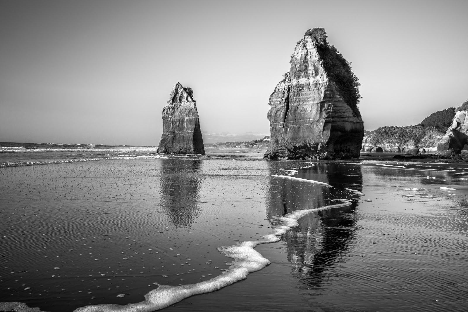 Black and wihte The Three Sisters Tongaporutu