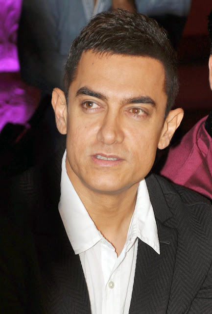 Aamir Khan promotes 'Talaash' on Star Pariwar