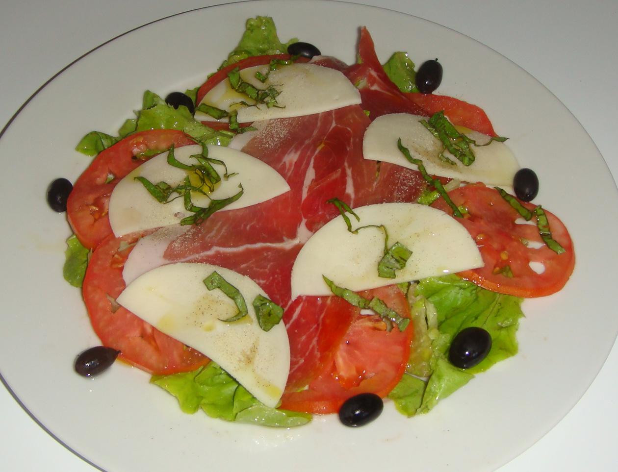les recettes faciles de martine salade italienne. Black Bedroom Furniture Sets. Home Design Ideas