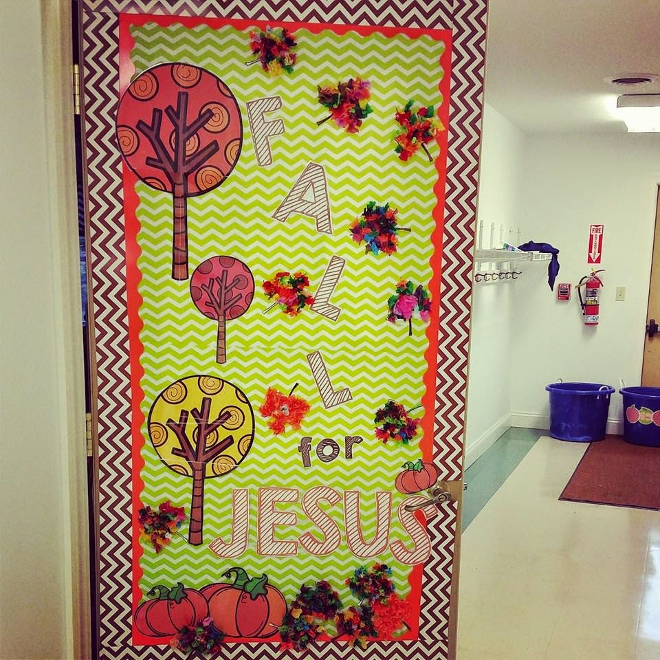 O h so blessed happy fall y 39 all for Autumn classroom decoration