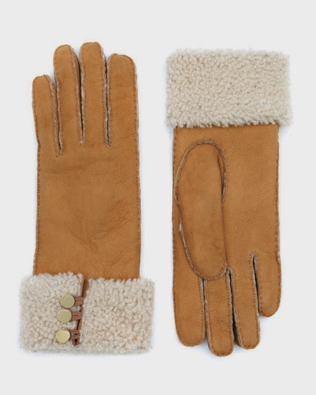 http://www.awin1.com/cread.php?awinmid=2525&awinaffid=181975&clickref=&p=http%3A%2F%2Fwww.tedbaker.com%2Frow%2FWomens%2FAccessories%2FGloves%2FSHERLA-Shearling-lined-glove-Camel%2Fp%2F105525-91-CAMEL