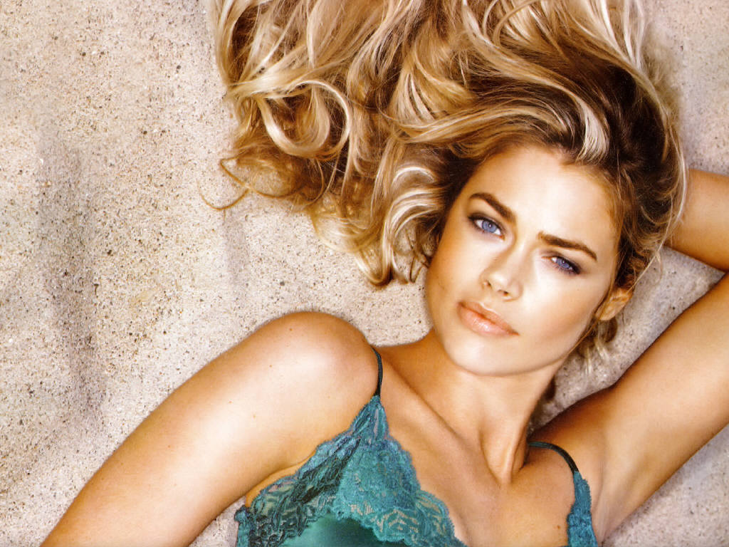 denise richards 1920x1200 wallpapers - photo #31