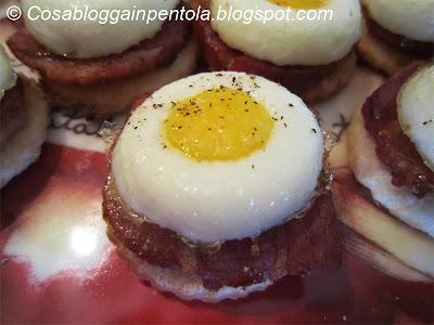 pasticceria salata bacon uova antipasto finger food americanini cosa blogga in pentola ricetta cosabloggainpentola