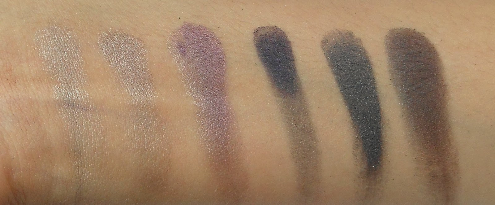Manhattan Eyeshadow Palette - Welcome to the dark side (Review + Swatches)