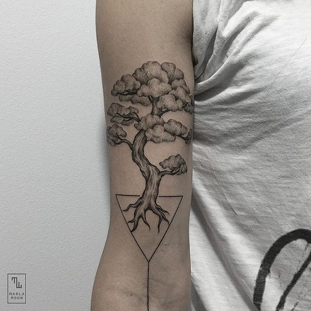 01-Bonsai-Tree-Marla-Moon-Geometric-Shapes-with-Tattoo-Drawings-www-designstack-co