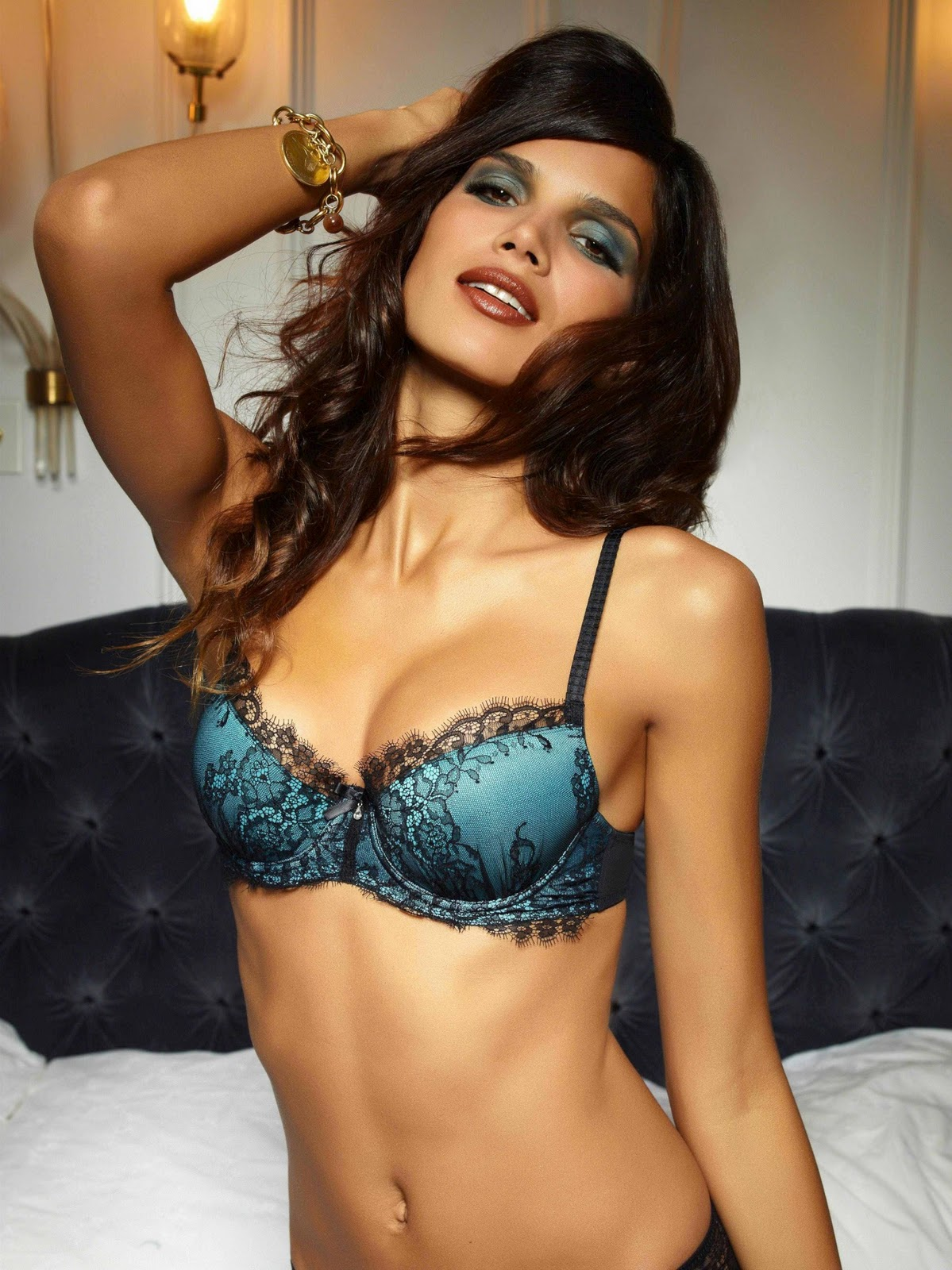 Cleavage Raica Oliveira nude (26 photo), Tits, Paparazzi, Boobs, braless 2015